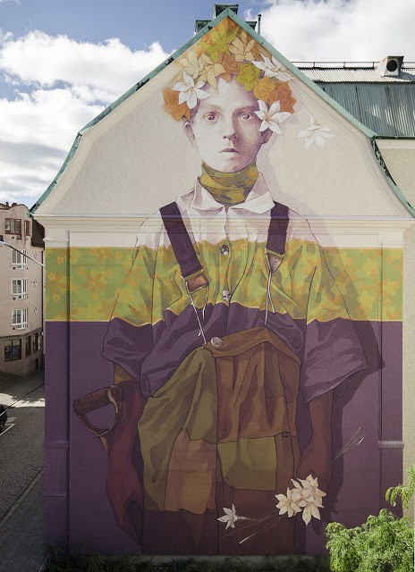 """Hand Labor"", a new mural by INTI in Boras, Sweden"
