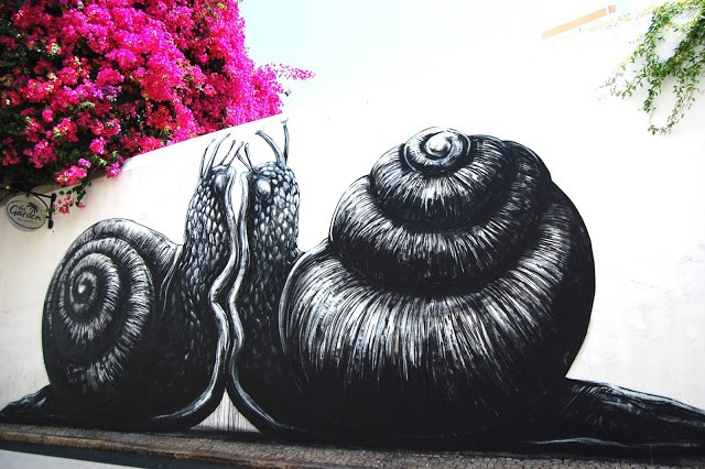 ROA New Mural In Lagos, Portugal