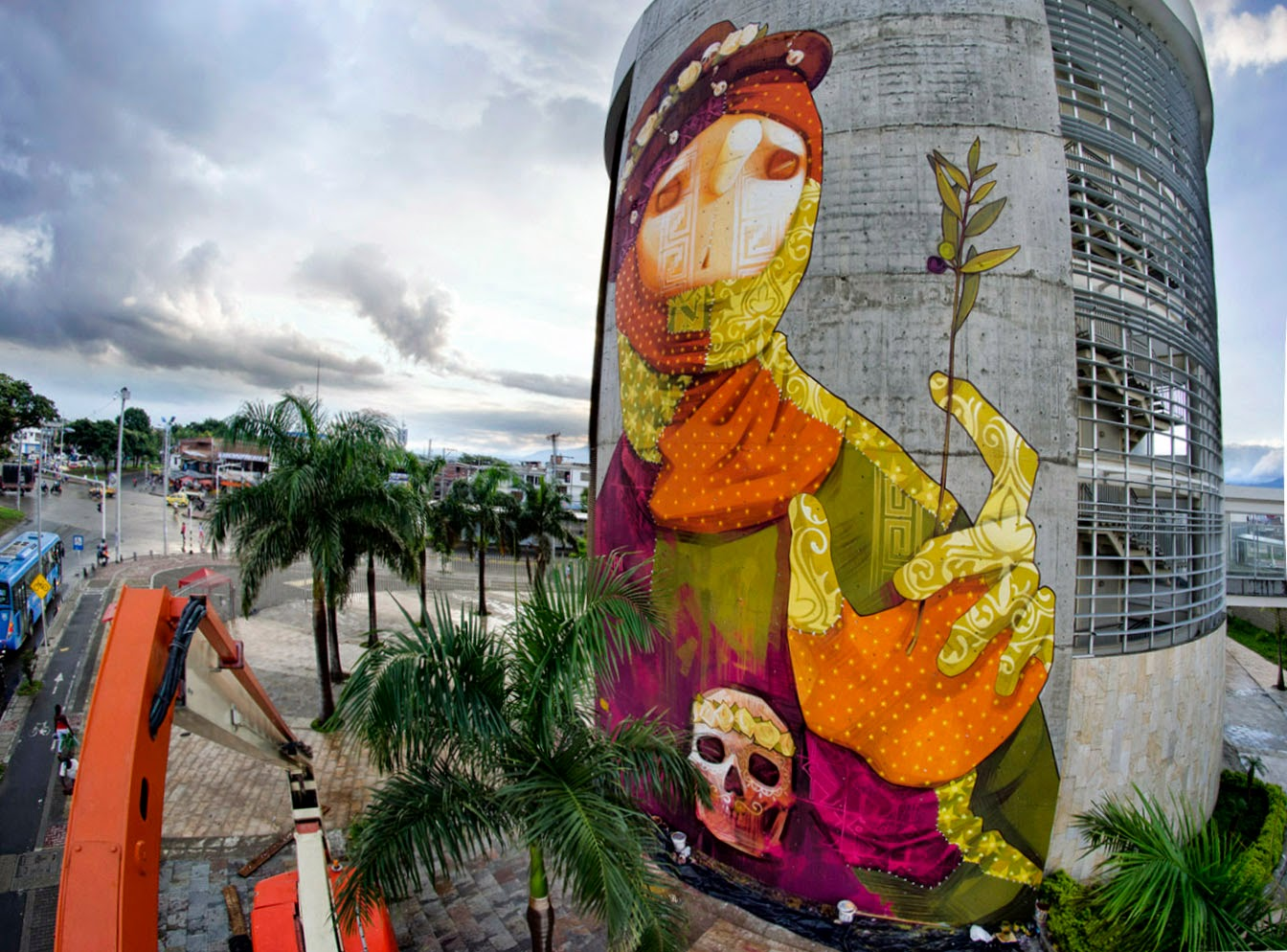 Inti creates a new mural in cali colombia streetartnews for Call for mural artists 2014