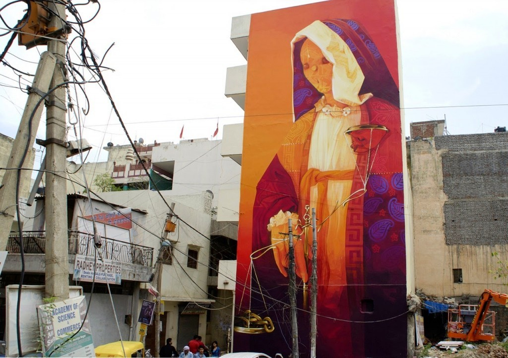 "INTI paints ""Balance"", a massive mural in Delhi, India"