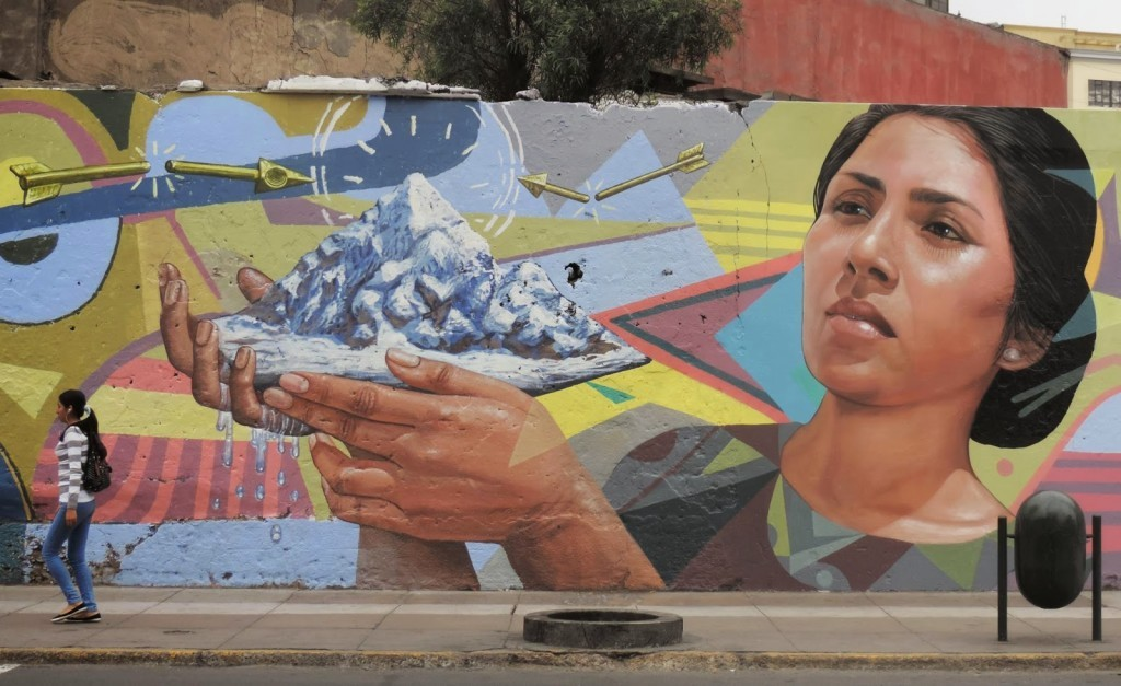 "El Decertor paints ""Climatic Utopia"", his new mural on the streets of Lima in Peru"