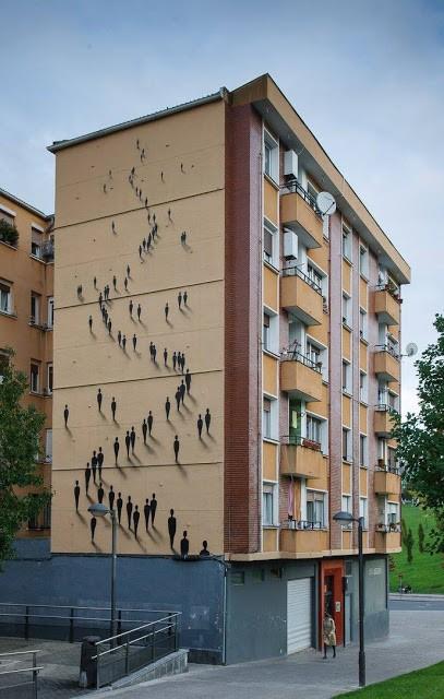 Suso33 creates a new mural in Bilbao, Spain