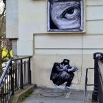 "Levalet ""Exhibition"" New Street Piece – Paris, France"