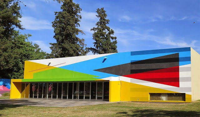 """Breaking the Structure"" a new mural by Elian in Cordoba, Argentina"
