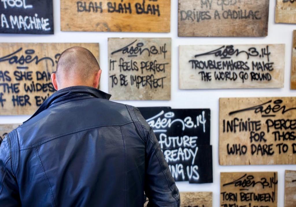 """Coverage: Laser3.14""""TroublemakersMakeTheWorldGoRound"""" @ Amsterdam's The Garage"""