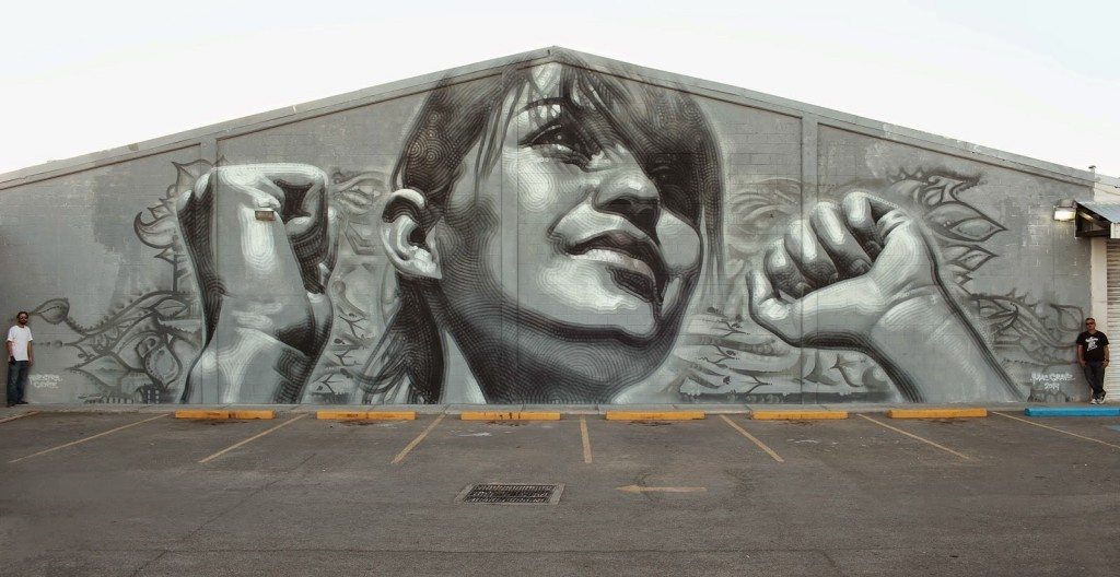 "El Mac paints ""Juarense y Poderosa"", a new mural in Ciudad Juarez, Mexico"