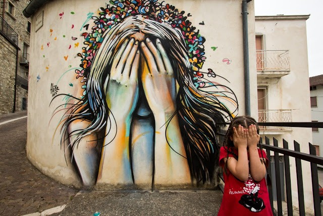 Alice paints a series of pieces in Civitacampomarano, Italy