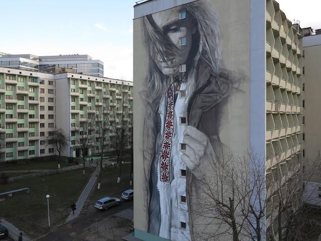 Guido Van Helten unveils a new mural in Minsk, Belarus