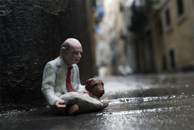 "Isaac Cordal ""Cement Eclipses"" New Installation In Barcelona, Spain"