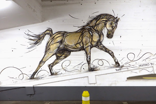 "DZIA paints ""Gold Horse"", a new indoor piece in Antwerp, Belgium"