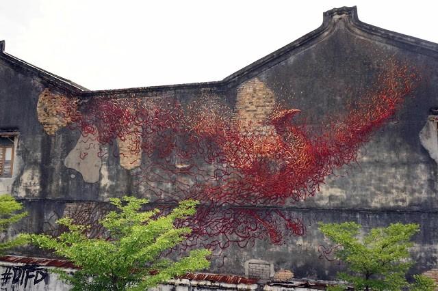 "DALeast creates a ""Phoenix"" in Penang, Malaysia"