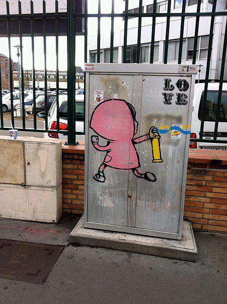 Dran New Street Pieces In Toulouse, France