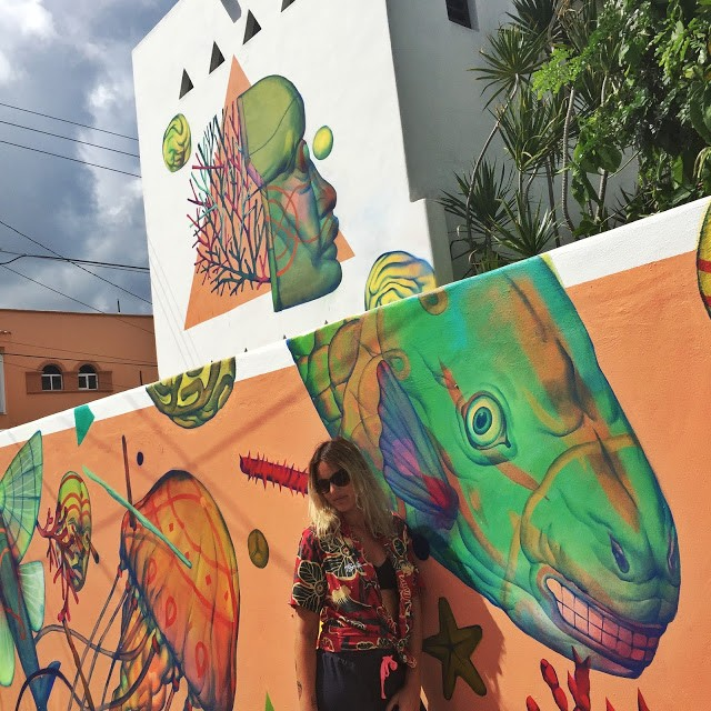 SeaWalls '15: Smithe paints a beautiful mural in Cozumel, Mexico