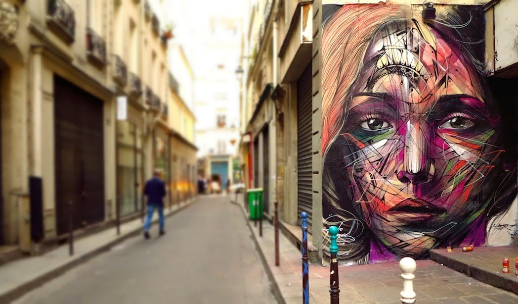 Hopare creates a beautiful mural in Paris, France