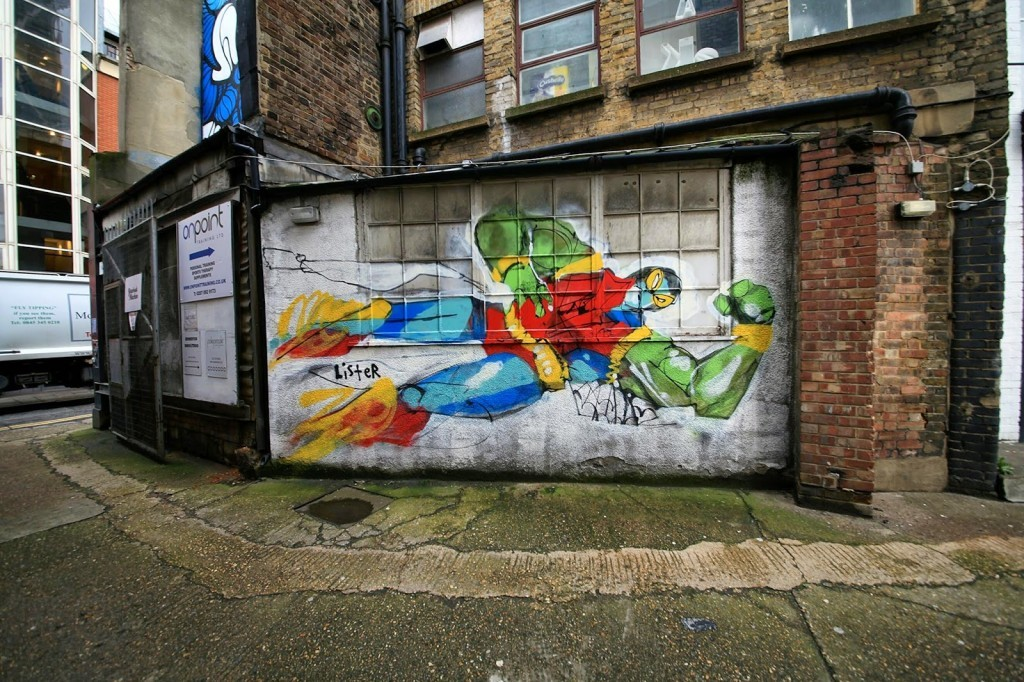 Anthony Lister creates a new street piece in East London, UK