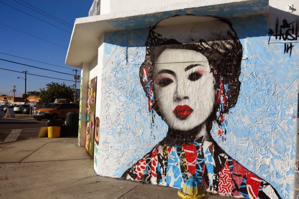 Art Basel '14: Hush paints a new piece in Wynwood, Miami