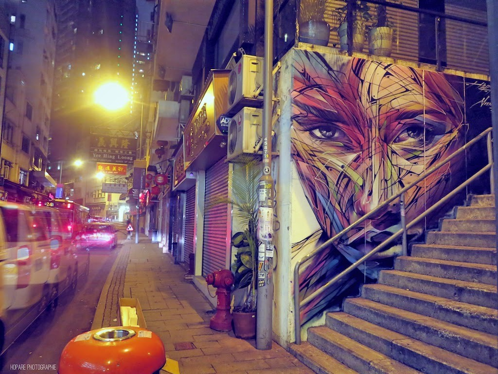 Hopare creates a new mural on Hollywood Road in Hong-Kong