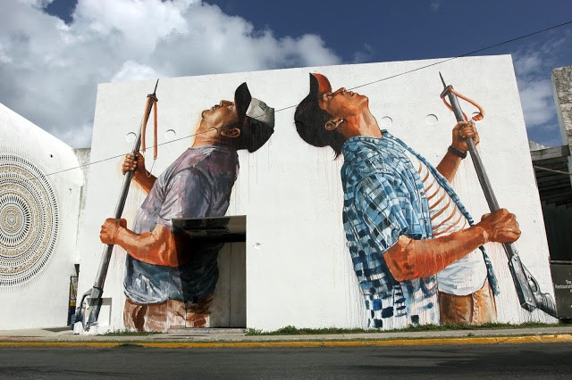 "SeaWalls '15: ""The Spear Fisherman"", a new mural by Fintan Magee in Cozumel, Mexico"