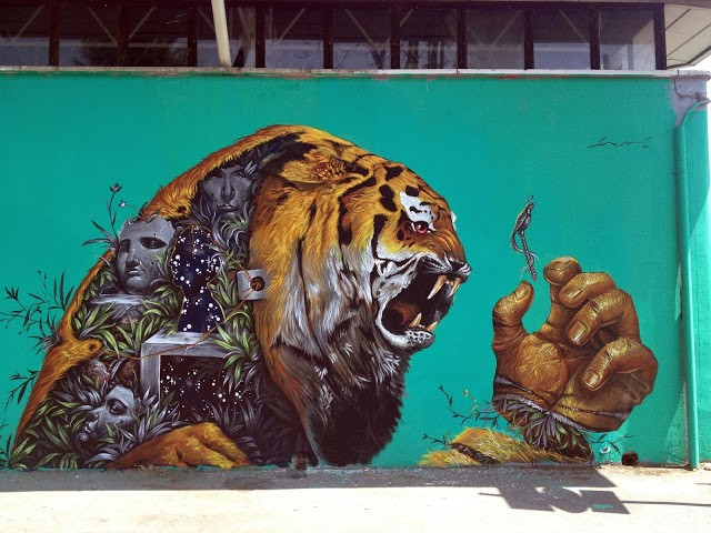 Kraser Tres paints a brand new piece in Milan, Italy