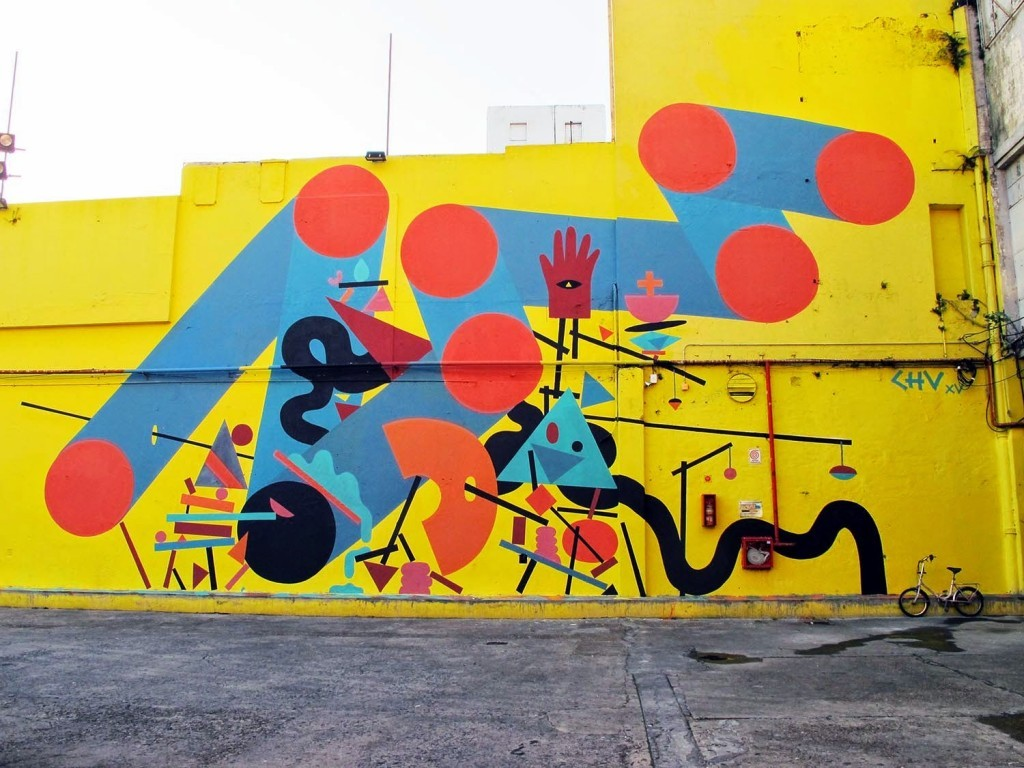 Chu creates a new mural at the Ciudad Cultural Konex in Buenos Aires.
