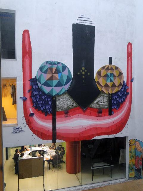 Rojo Roma New Mural In Barcelona, Spain