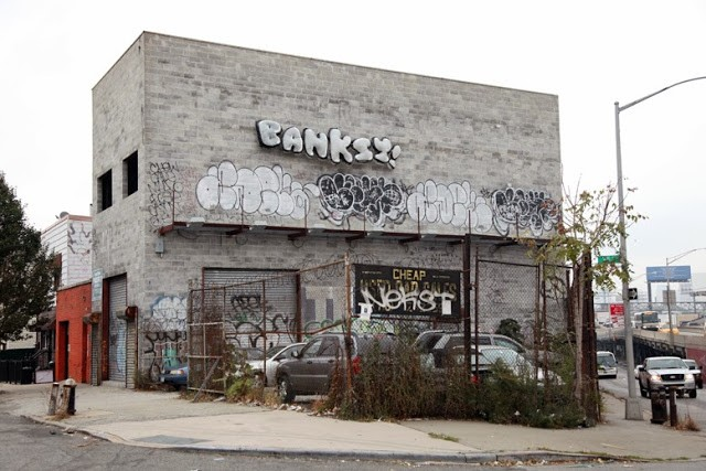 "Banksy ""Inflatable Throw-Up"" New Street Piece – Queens, Long Island Expressway"
