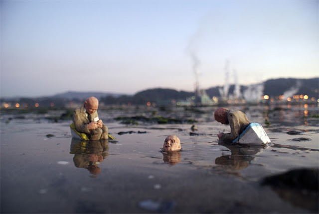 "Isaac Cordal ""Cement Eclipses"" New Installation In Galicia, Spain"