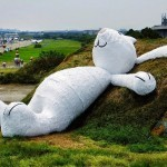 "Florentijn Hofman ""Moon Rabbit"" New Installation – Taiwan"