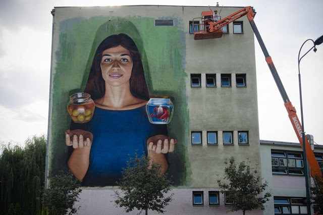 Lonac Paints A Large Mural in Sarajevo, Bosnia
