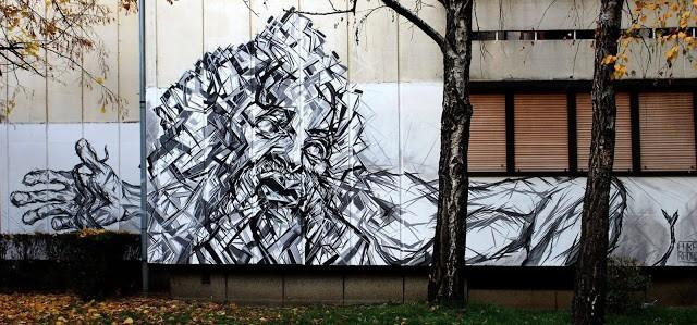 "Luka Rados paints ""Laocoon"", a new piece in Banja Luka, Bosnia"