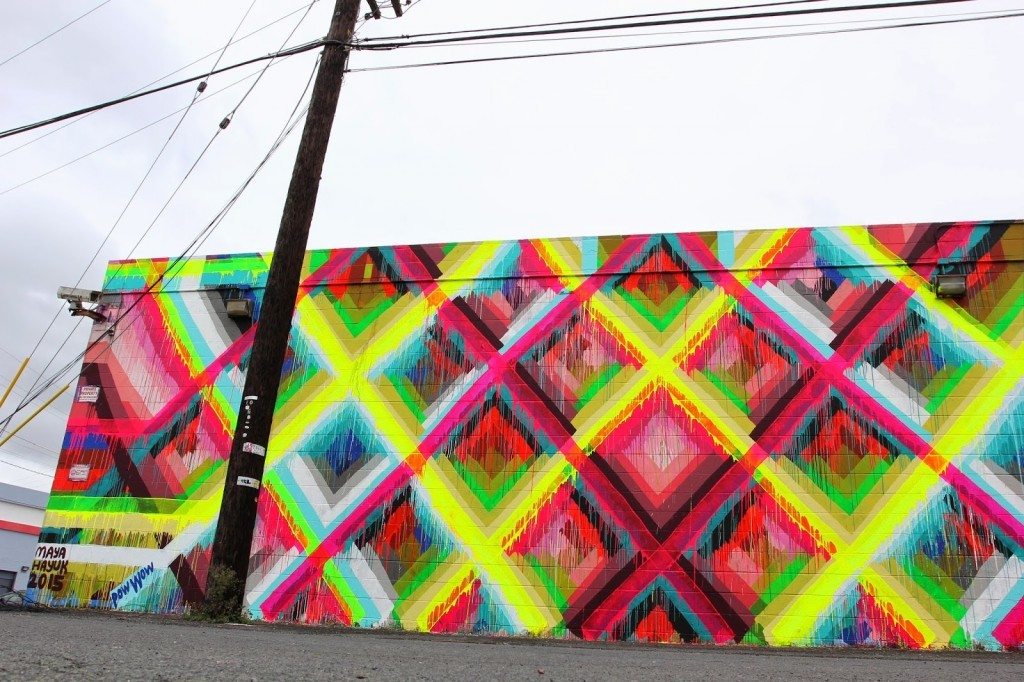 Pow! Wow! Hawaii 2015: Maya Hayuk paints a new mural in Honolulu