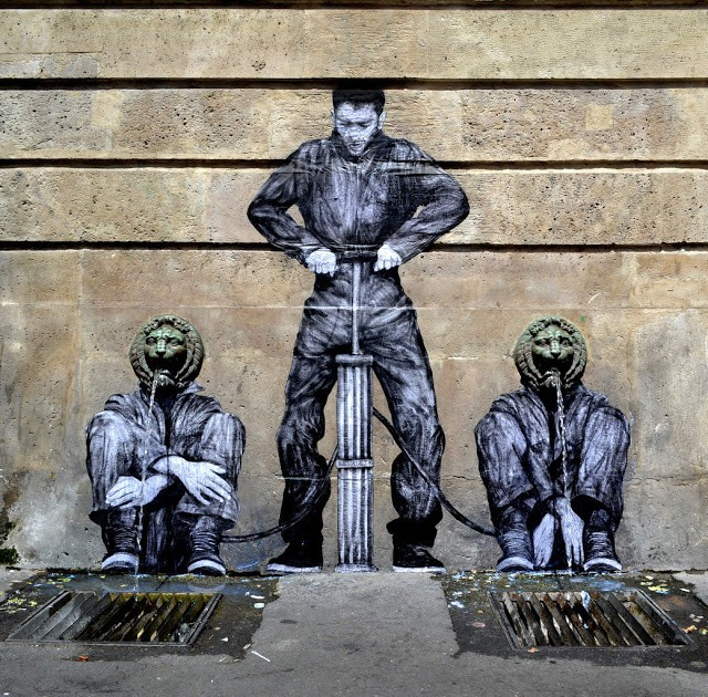 "Levalet unveils ""Public Service "" a new piece in Paris, France"