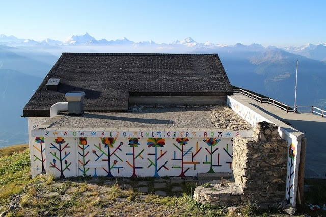 Remed paints a beautiful new piece in the Swiss Alps