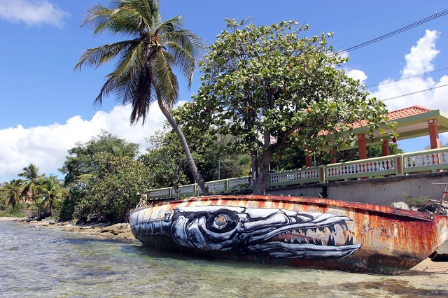 ROA creates a series of new pieces with JustKids in Vieques, Puerto Rico