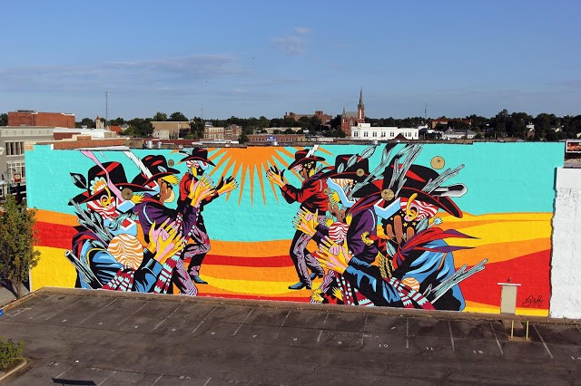 "Unexpected '15: Bicicleta Sem Freio paints ""Catira"", a massive mural in Fort Smith, Arkansas"