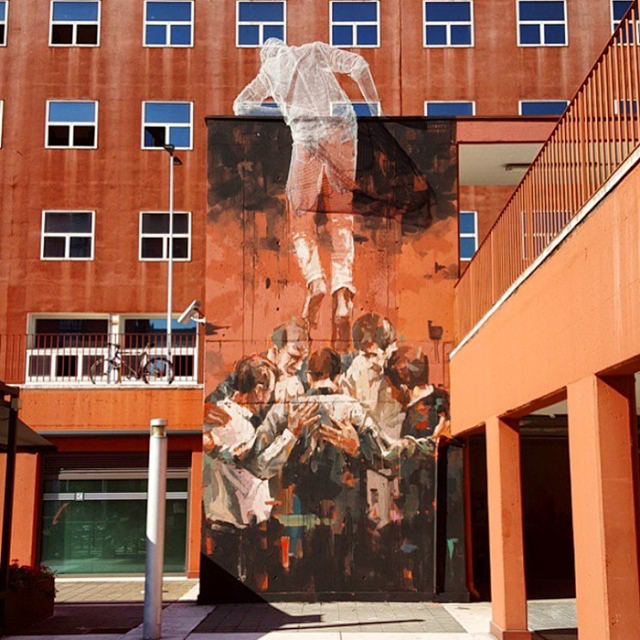 Borondo and Edoardo Tresoldi collaborate on a new piece in Milan, Italy