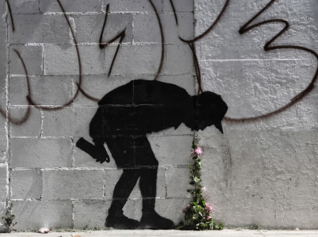 """Banksy """"Better Out Than In"""" New Street Piece In New York City"""
