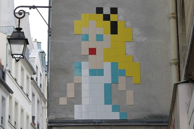 """""""Alice In Wonderland"""", a new invasion by Invader in Paris, France"""