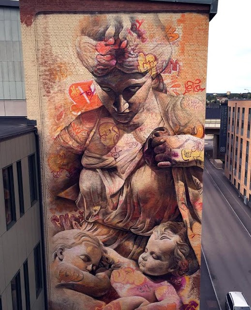 PichiAvo paint a new mural in Boras, Sweden