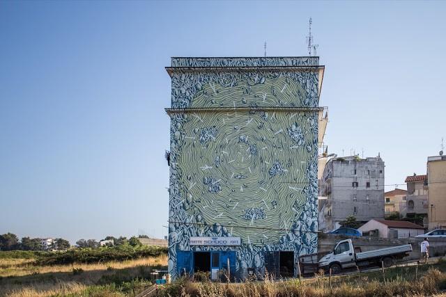 Tellas creates a new piece in Vico del Gargano, Italy