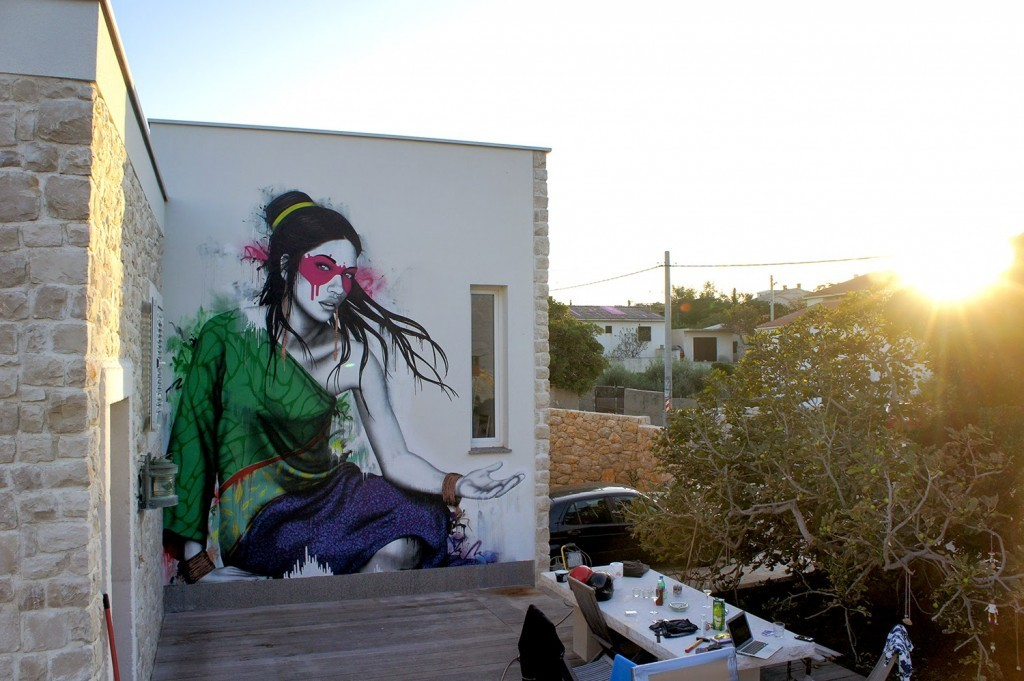 "Fin DAC paints ""Koibito"", a new piece in Ražanac, Croatia"