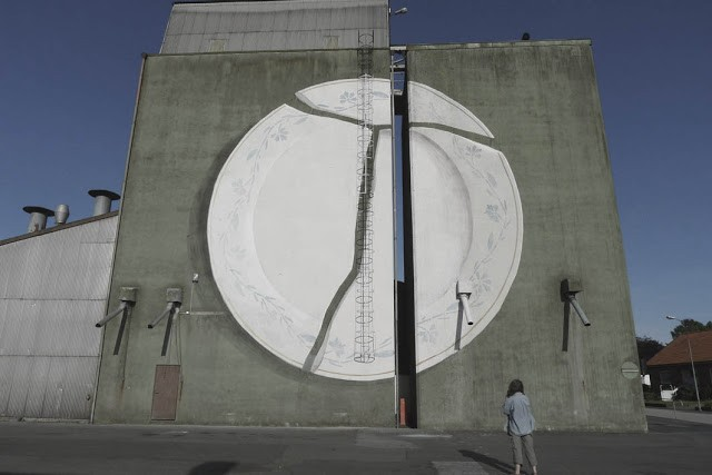 """To Break A Plate For Greece"", Escif latest mural in Tommarp, Sweden"