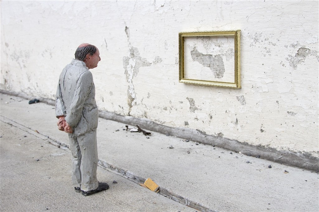 Artist Interview: Isaac Cordal