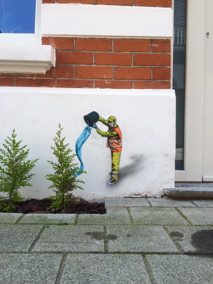 The Crystal Ship: Miniature pieces by Jaune in Oostende, Belgium