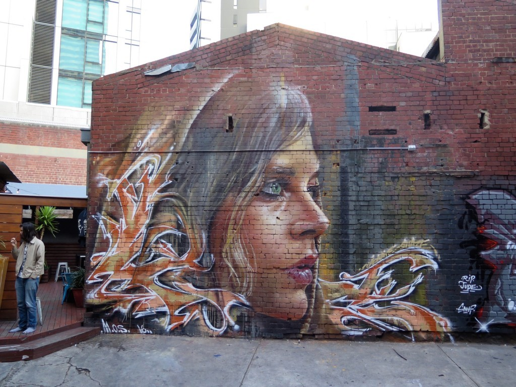 Adnate and Swaze collaborate in Melbourne