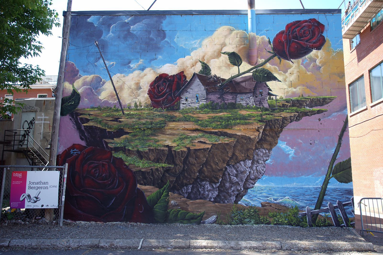 Mural festival 39 16 johnny crap in montreal for Art mural montreal