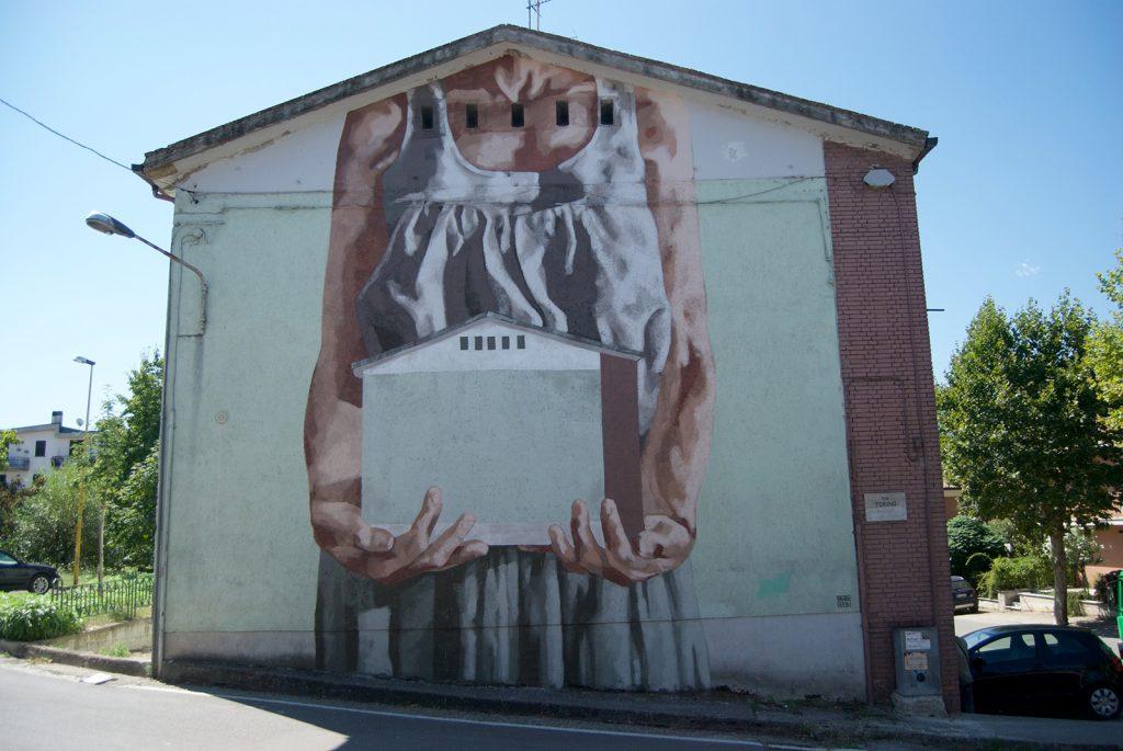 Hyuro in Lioni, Italy