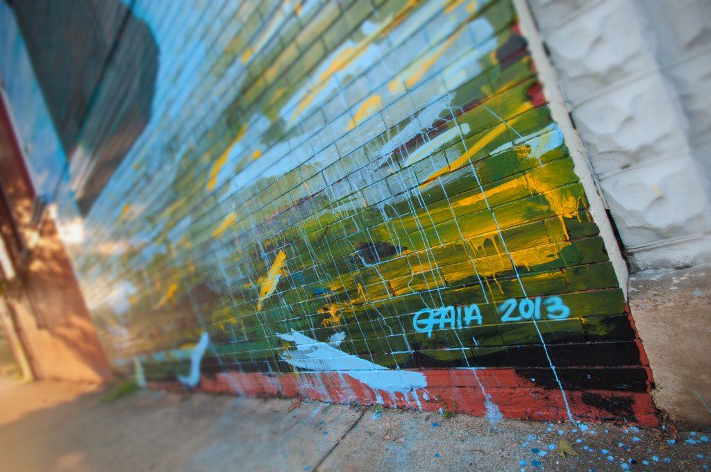 Gaia Sidewalk-12 blur copy