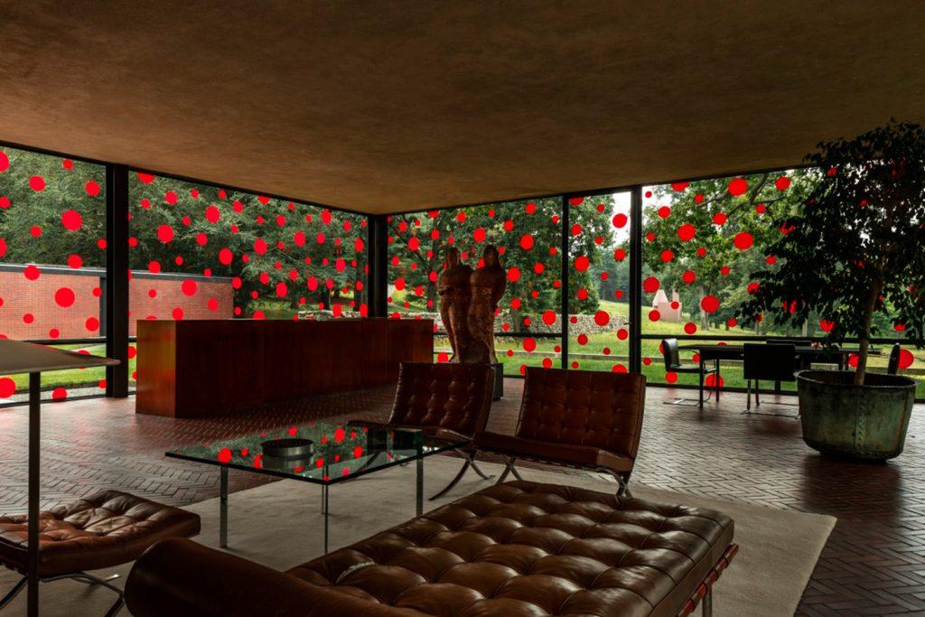 philip-johnson-glass-house-yayoi-kusama-polka-dots-4