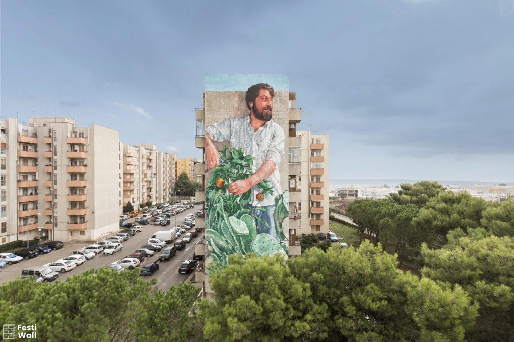 """The Gardener"" by Fintan Magee in Ragusa, Italy"